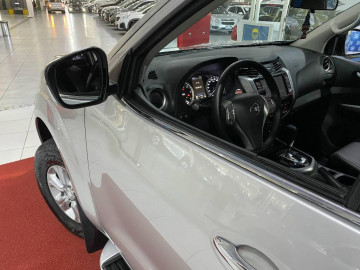Nissan Frontier XE 2.3 TDi 4x4 Aut. - 18/19