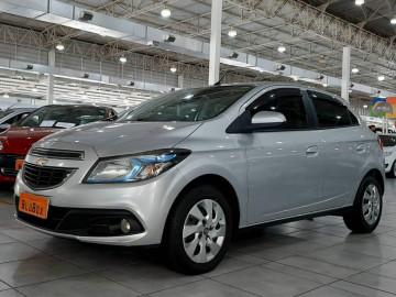 Chevrolet Onix 1.4  MT LT - 13/14
