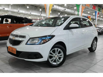 Chevrolet Onix 1.0 LOLLAPALOOZA - 14/14