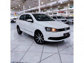 Volkswagen Voyage 1.0 novo - 14/15
