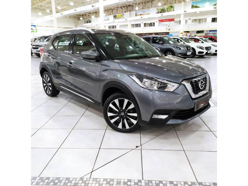 Nissan Kicks SV Limited - 16/17