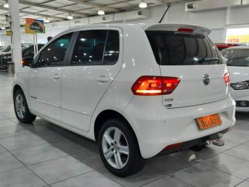 Volkswagen Fox 1.0 COMFORTLINE - 15/16