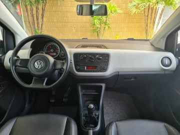 Volkswagen Up MOVE 1.0 TSI - 15/16