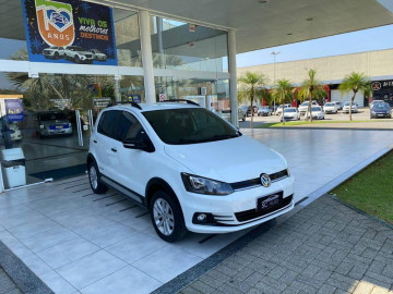 Volkswagen Fox TRACK.MCV.1.0 - 17/18