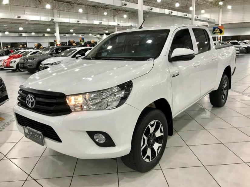 Toyota Hilux CD 4X4 2.8 - 18/19