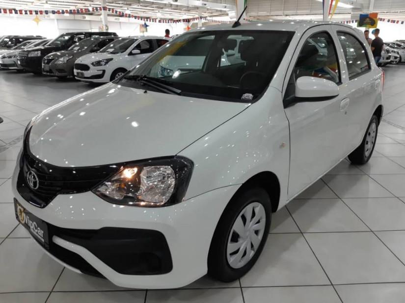 Toyota Etios 1.3X  - 19/20
