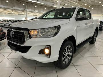 Toyota Hilux 2.8 diesel 4X4 SRV AT  - 20/20